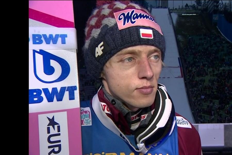 Dawid Kubacki vince ancora. A Titesee Neustad non sbaglia niente e mette in fila Stefan Kraft e Ryoyu Kobayashi