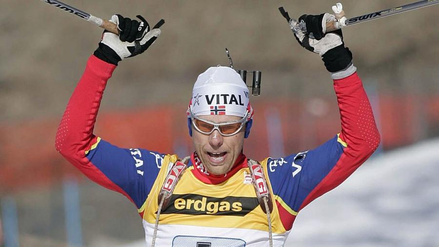 Tragedia nel biathlon norvegese. Halvard Hanevold muore a 49 anni