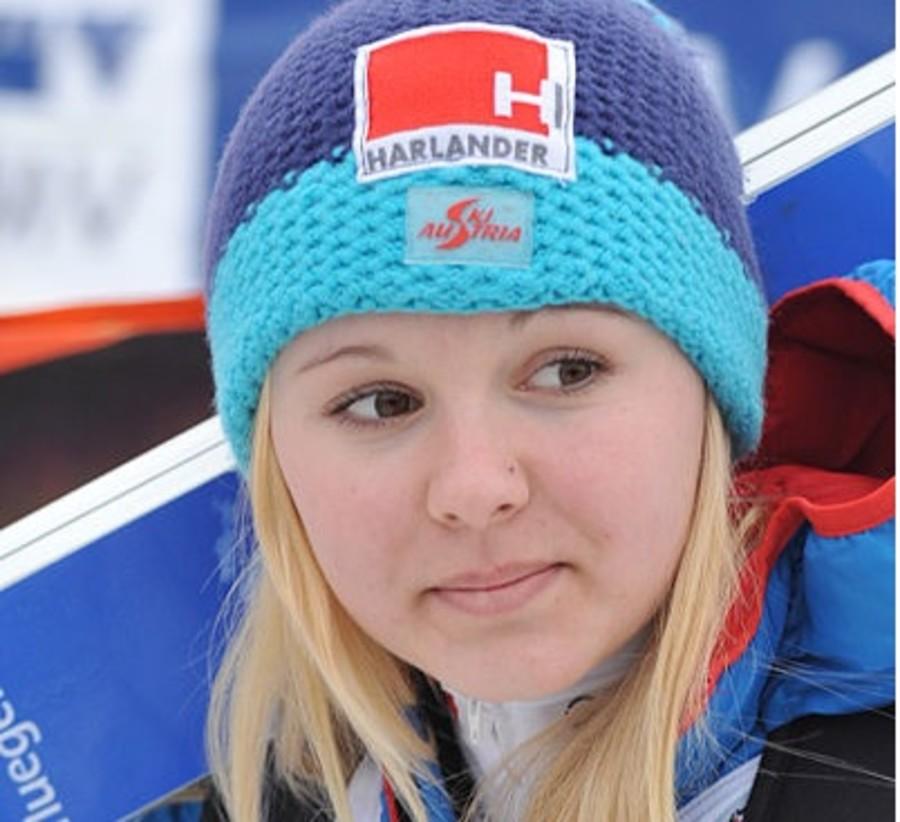 Salto femminile, Coppa del Mondo: Chiara Hoelzl davanti a tutte a Klingenthal