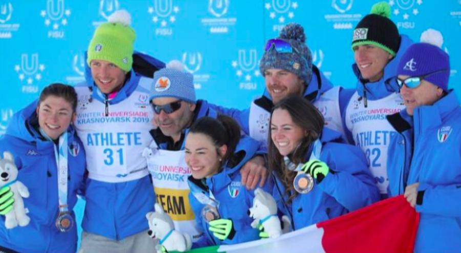 Foto del bronzo vinto da Bellini, Defrancesco e Franchi alle Universiadi 2018