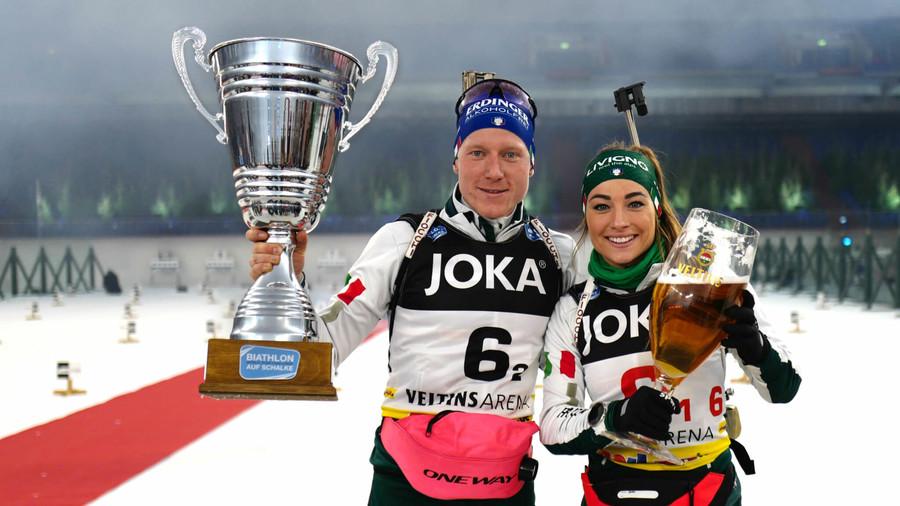 Lukas Hofer e Dorothea Wierer in occasione della vittoria a Biathlon auf Schalke di due anni fa