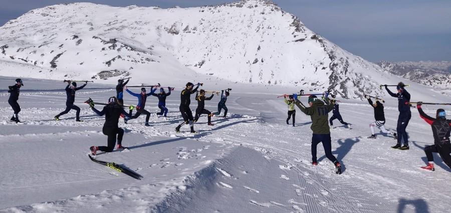 FOTOGALLERY, Fondo - Allo Stelvio gli azzurrini della nazionale juniores hanno ritrovato la neve