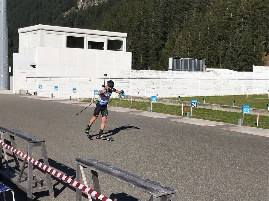Biathlon - Un immenso Hofer domina l'individuale del Campionato Italiano