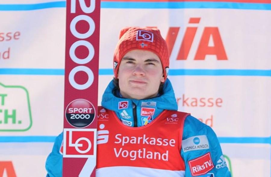 Marius Lindvik concede il bis nella Continental Cup di Lillehammer