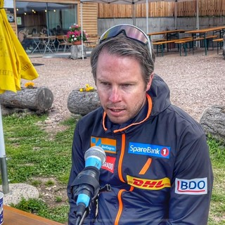 """L'allenatore norvegese Nossum a Fondo Italia: """"Noi allenatori possiamo aiutare gli atleti a vincere senza porci al centro, perché sono sciatori migliori di noi"""""""