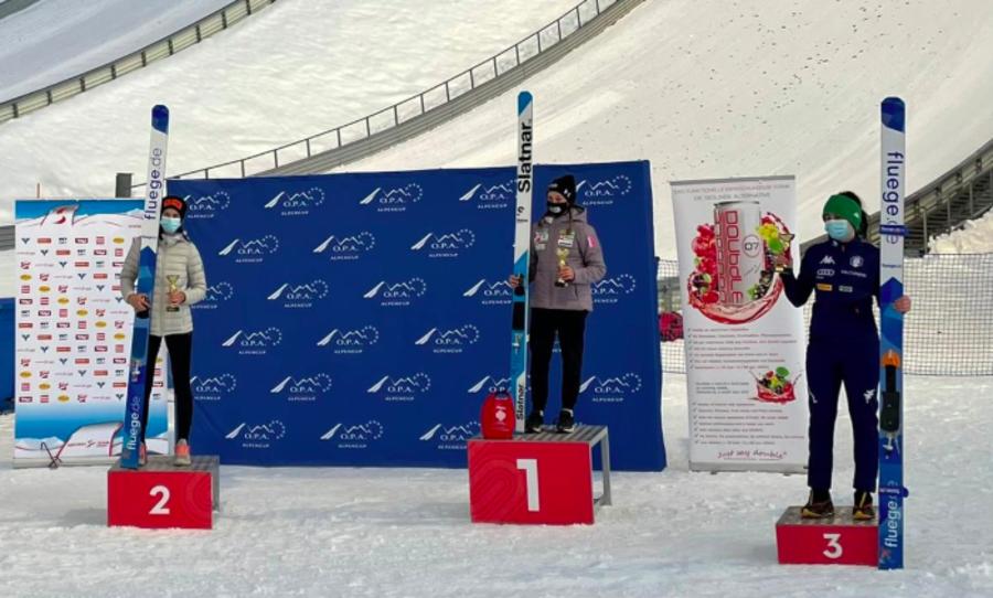 Salto - OPA Cup a Seefeld: doppi successi per Nika Prevc ed Elias Medwed, podio per la quattordicenne Comazzi