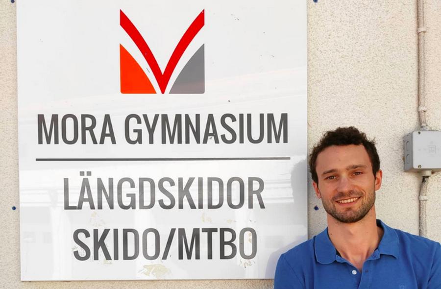 """Sci di Fondo – La nuova avventura di Gilberto Panisi, è l'allenatore del liceo di Mora: """"Il mio futuro lo vedo in Svezia"""""""