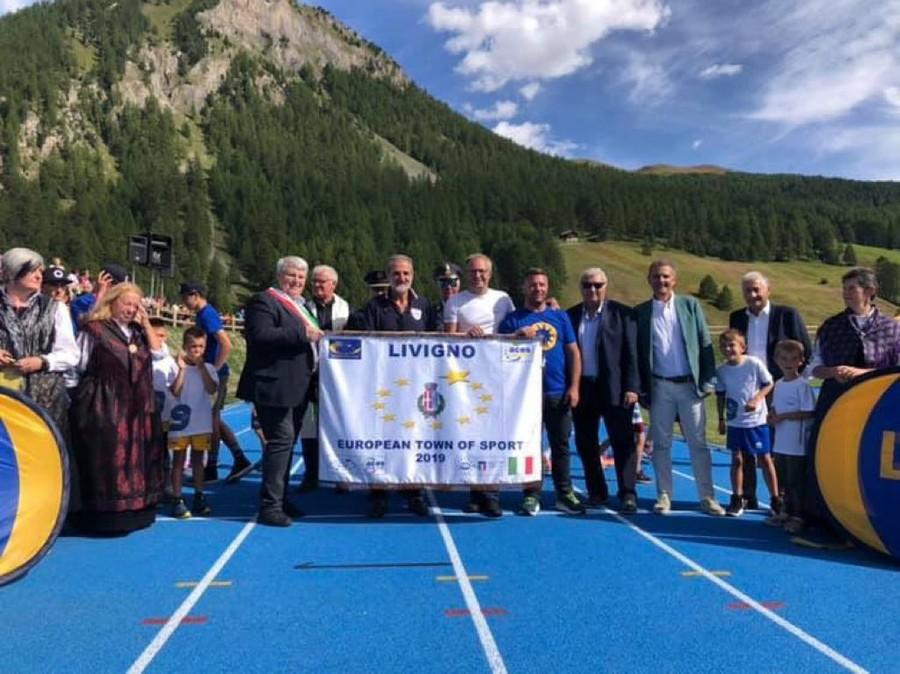 A Livigno inaugurata la pista d'atletica a 1800 metri (Fotogallery e Videointerviste)