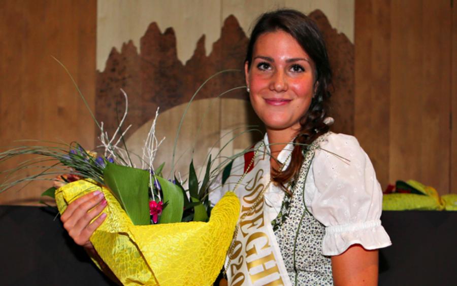 Marcialonga - Il 21 agosto sarà eletta la nuova Soreghina: si vota anche via social