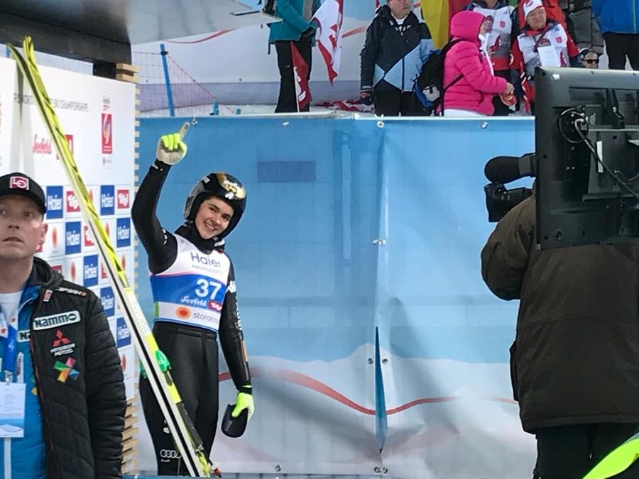 Salto femminile - Ottimo sesto posto di Lara Malsiner a Hinzenbach; vince ancora Hoelzl