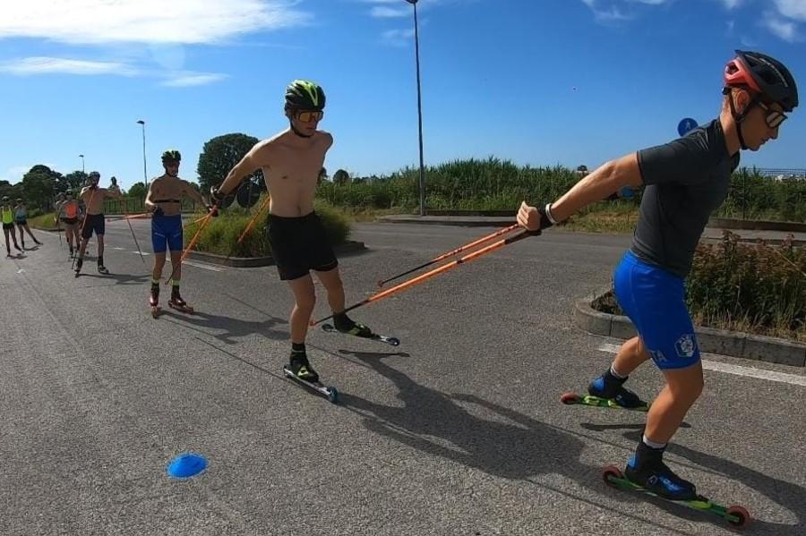 Skiroll - La squadra del Comitato Veneto si è allenata in riva al mare