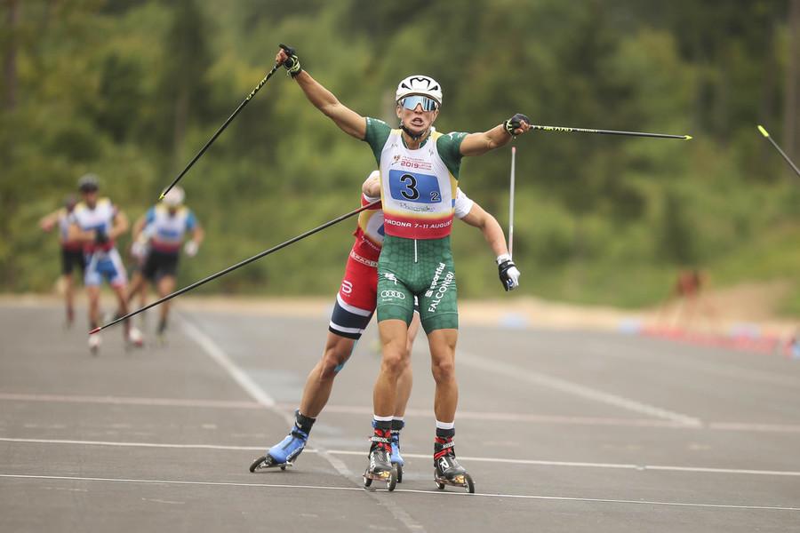 """Skiroll - Francesco Becchis festeggia l'oro mondiale: """"Al termine della gara quasi non ci credevo"""""""