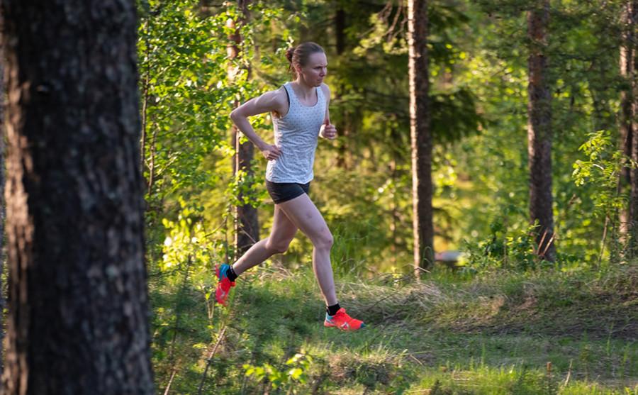 Fondo - Susanna Saapunki continua a fare ottime prestazioni nel trail running