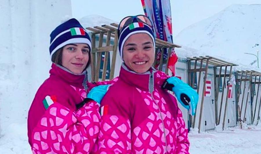 Foto dal profilo instagram di White Snow (L'attrice Valentina Romani e Veronika Stepanova)